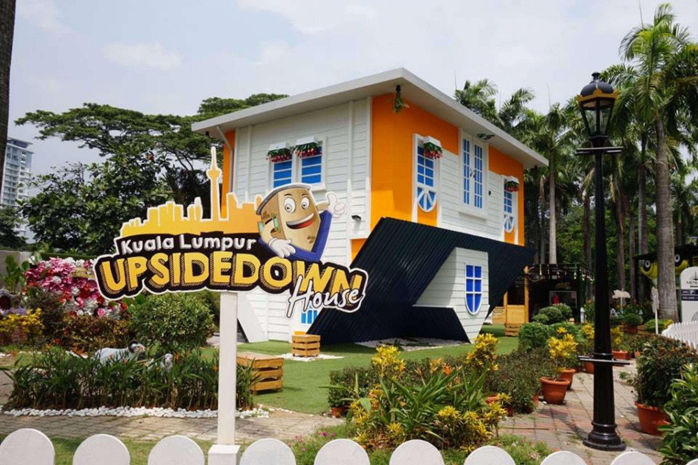 Kl Upside Down House Goticketmy
